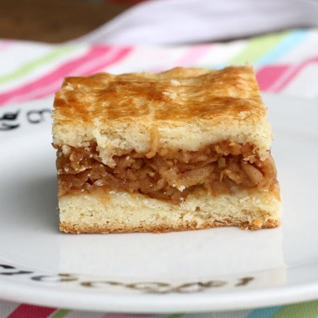 Hungarian Apple Cake Almas Pite