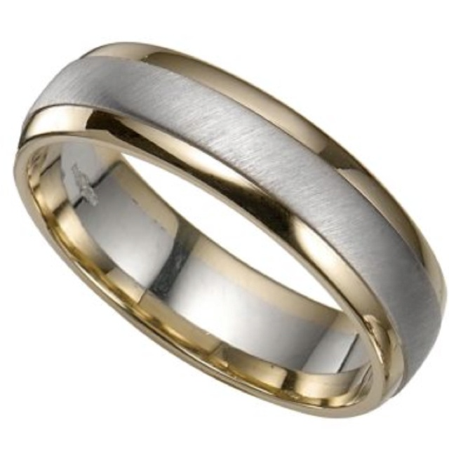 groom s ring tale wedding