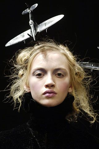 Airplane Headpiece! (Alexander McQueen Fall 2006).