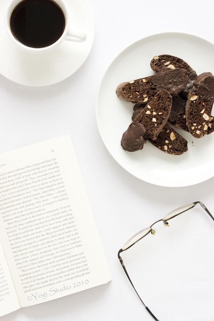 chocolate hazelnut biscotti | food | Pinterest