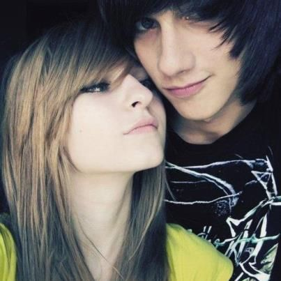 emo couples http://emoswallpapers.blogspot.in/2012/10/cute-emo-couples ...