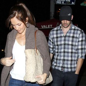 Chris Evans and Minka Kelly Have a Sweet Sushi Date Night