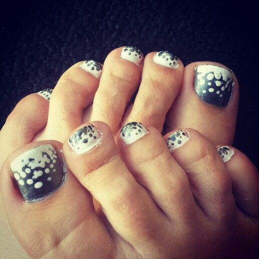 Toe Nail Art Polka Dots : Polka dot toe nails white and silver hair