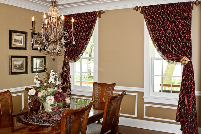 Window treatments dining room decorate my space pinterest for Dining room window treatments