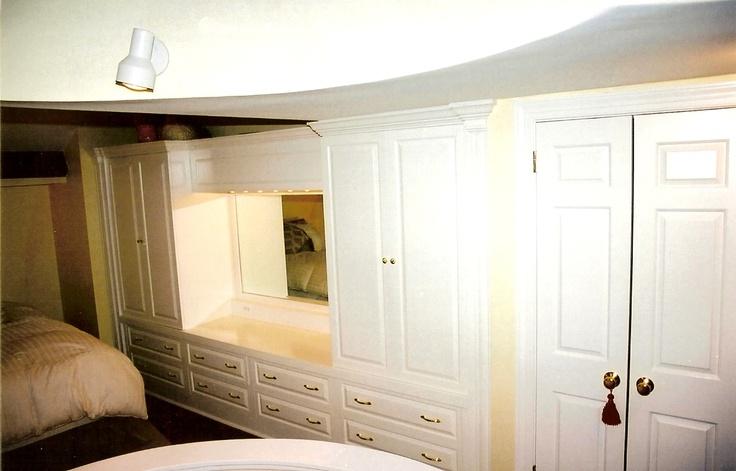Built in bedroom wall closet bedroom ideas pinterest for Built in bedroom closet designs