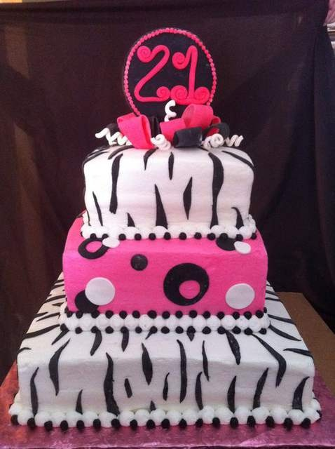 Cake Ideas For A 21st Birthday Party : 21st Birthday Cake Idea Birthday party stuff Pinterest