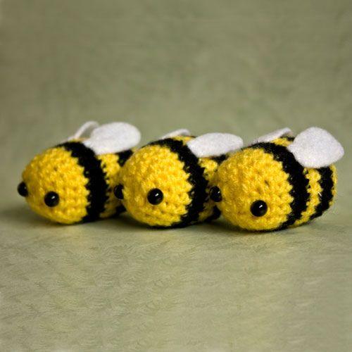 Kawaii Amigurumi Bee : Amigurumi Bees crochet and knitting Pinterest