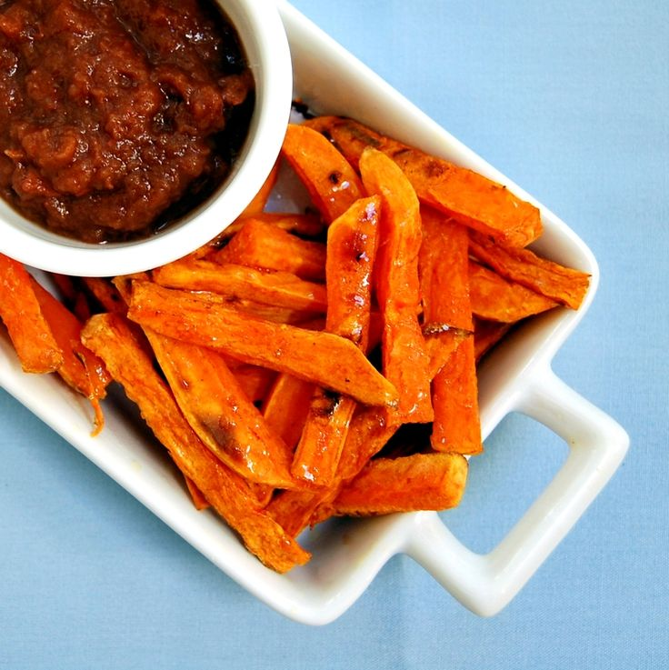 Baked Cinnamon-Spiced Sweet Potato Fries with Apple Date Butter ...