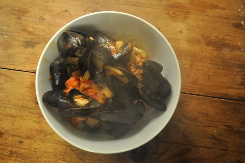 Recipe: Fennel-Steamed Mussels Provencal | a spoon to measure - savor ...