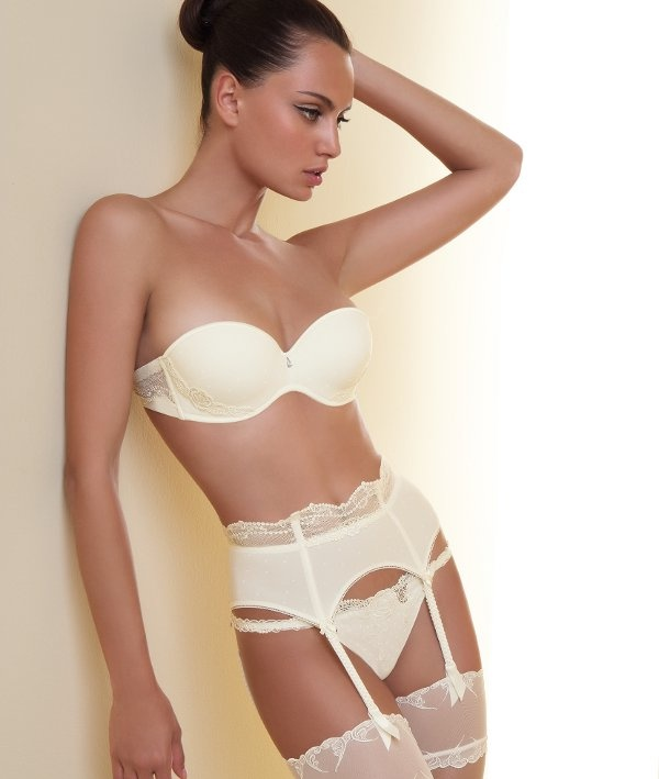 Pin by Occasion du Mariage ODM on Lingerie mariage   Pinterest
