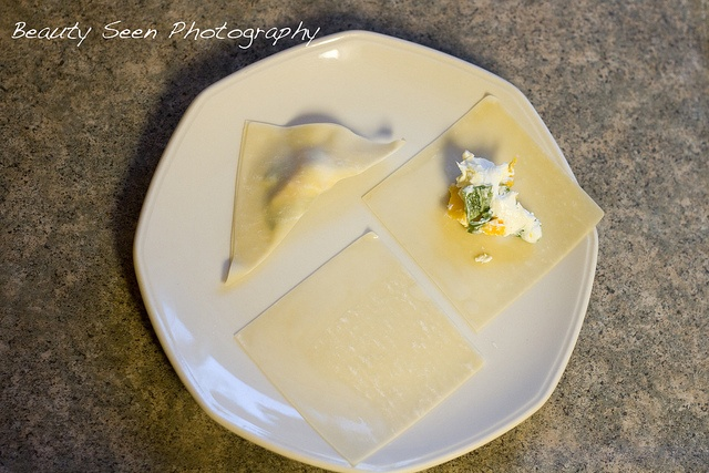 How To Make Baked Cream Cheese Won Tons. Can add spice or flavor. I ...