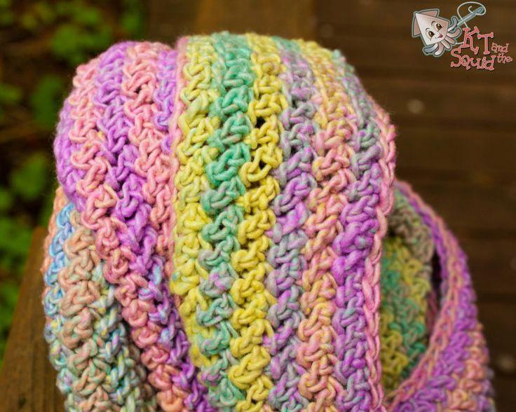 Free Patterns Crochet Infinity Scarves : Crochet Infinity Scarf Pattern