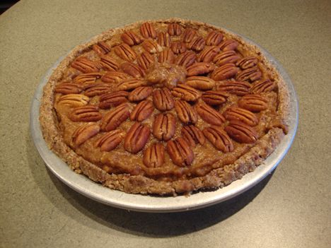 Medjool Date Pecan Pie | Hungry Yet? | Pinterest
