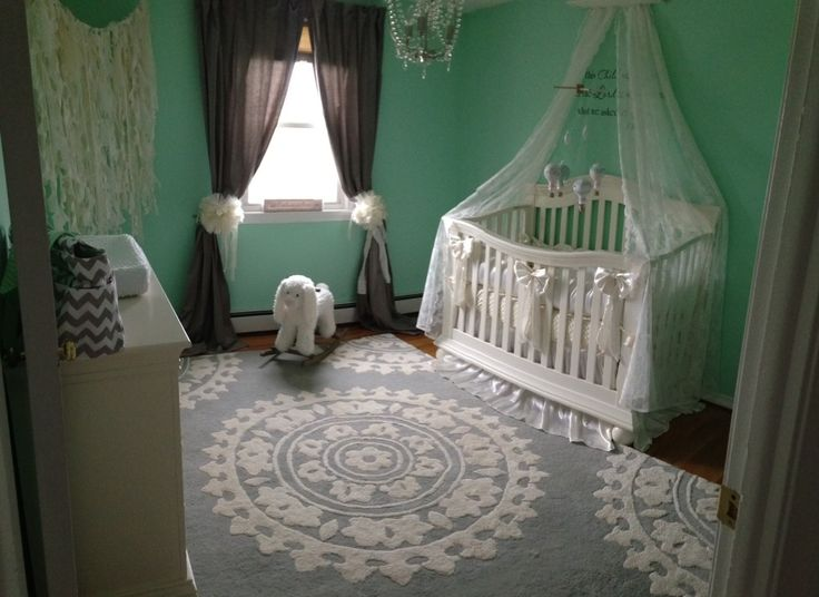 This rug from @Overstock.com is a show-stopper in this aqua nursery!