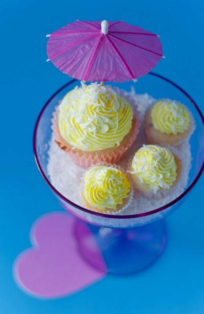 Desserts for Breakfast: I like Pina Colada Cupcakes! (and getting ...