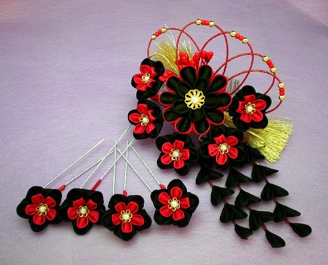 The Modern GEISHA :: Kanzashi Kimono Flower, Geisha Hair Accessory
