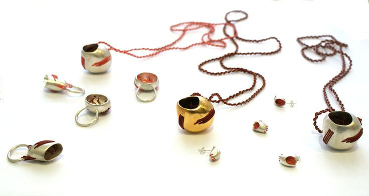 Natalia Sarrazin (Colombia) - Jewellery and Object Maker -  cocoons serie -  Birmingham City University School of Jewellery, 2011-2014