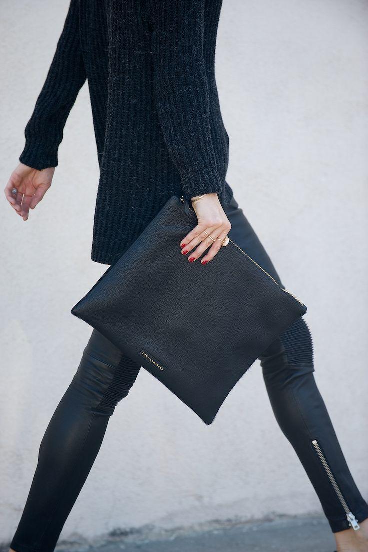 Leggings, oversized knit and portfolio