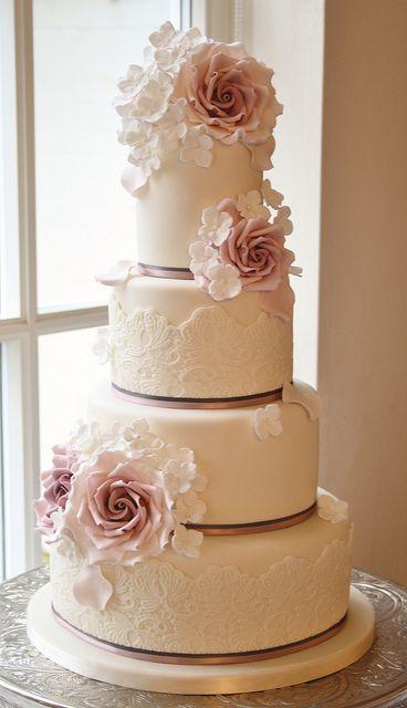 Rose & Hydrangea cake | Flickr - Photo Sharing!