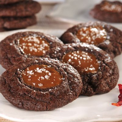Chocolate Caramel Cookies with Sea Salt (Easy; 18 cookies) #chocolate ...
