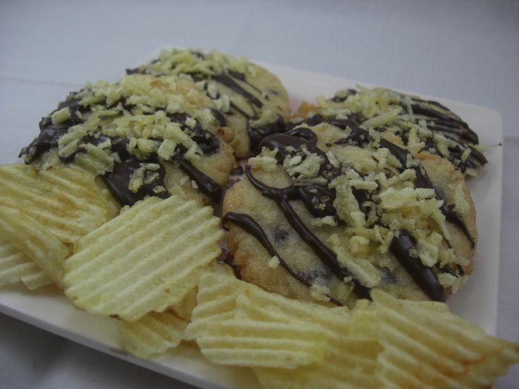 Chocolate covered potato chip cookies | nom nom | Pinterest