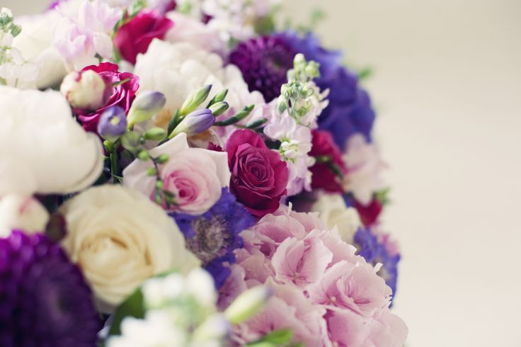 Elegant bunches of rose corsage
