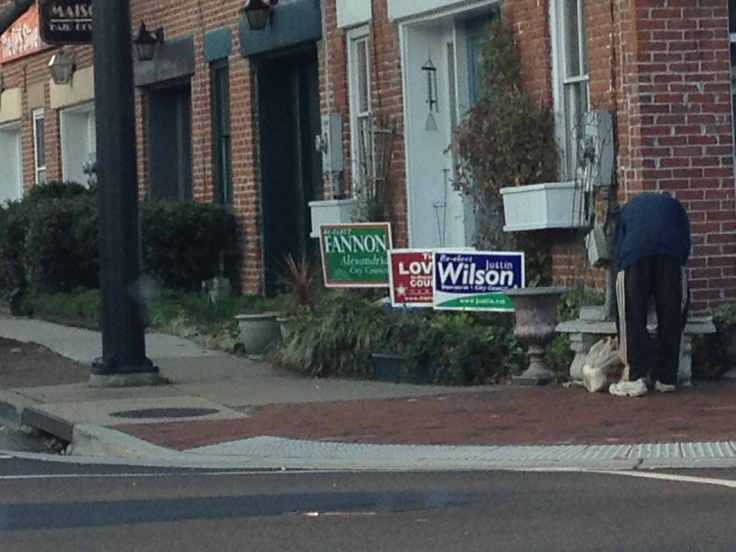 Signs Of Bipartisanship In Alexandria, Virginia