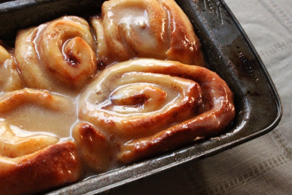cinnamon scrolls with maple-coffee icing | yummy :: wake up | Pintere ...