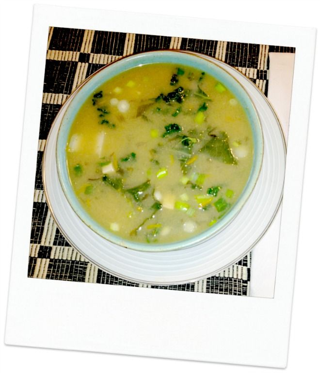 Miso Soup with Tofu, Wakame and Vegetables: The Amazing Health ...