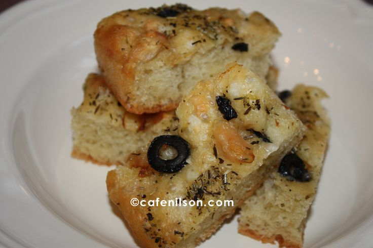 olive focaccia | Bread ~ Focaccia | Pinterest