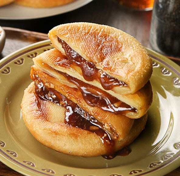 Korean rice pancake 꿀호떡 | { Hapa } | Pinterest