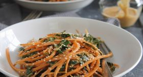 Spicy thai carrot and kale salad | Salads and dressings | Pinterest