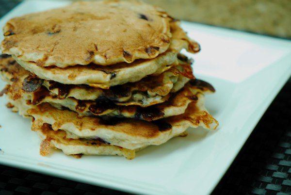 Blueberry Cottage Cheese Pancakes | Deeelicious! | Pinterest