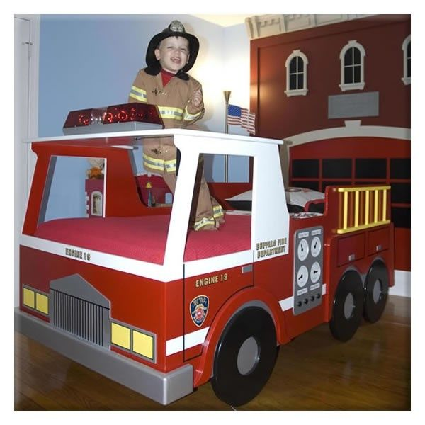 Fire engine bunk bed fire truck room nursery ideas for Fire truck bedroom ideas
