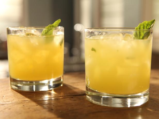 Meyer Lemon and Basil Fizz | Recipe