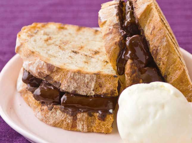 Grilled Chocolate Sandwiches | For the love of Sandwich! | Pinterest