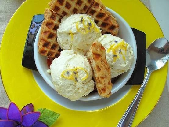 lemon curd + lavender +mascarpone? one delicious sounding ice cream ...