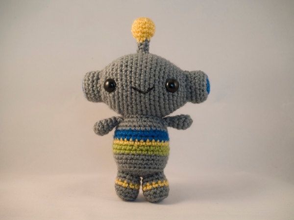 Amigurumi Robot Crochet Patterns : Amigurumi Little Robot - Crochet Pattern