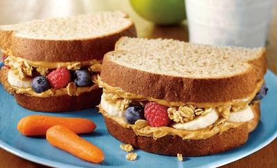 slices Honey Wheat Bread, peanut butter, bananas, berries ...