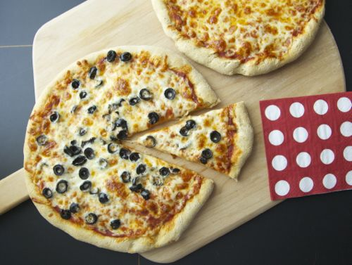 White whole wheat pizza dough with active yeast. This is a really easy ...