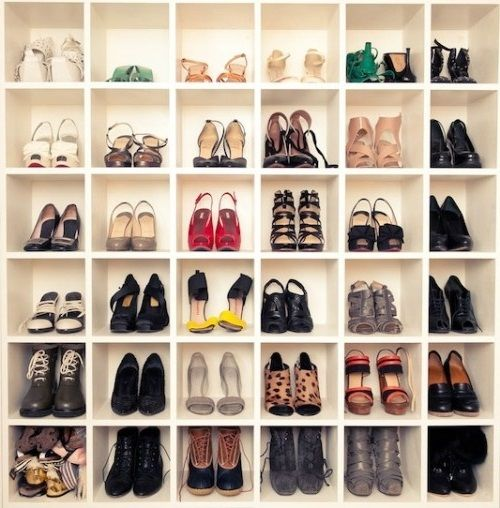 diy shoe storage wall dream home pinterest. Black Bedroom Furniture Sets. Home Design Ideas