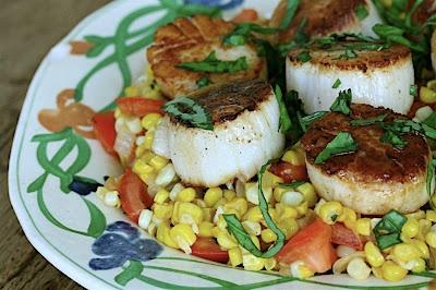 summer scallops with sweet corn & tomato succotash