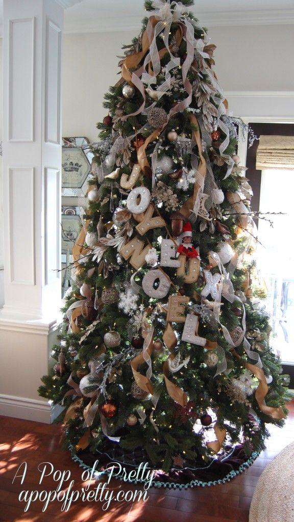 ... Decorating Blog - http://apopofpretty.com/tree-decorating-tips-ribbon