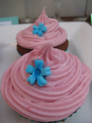 ... and Chambord cupcakes | Cookies,cakes and cupcakes | Pinter