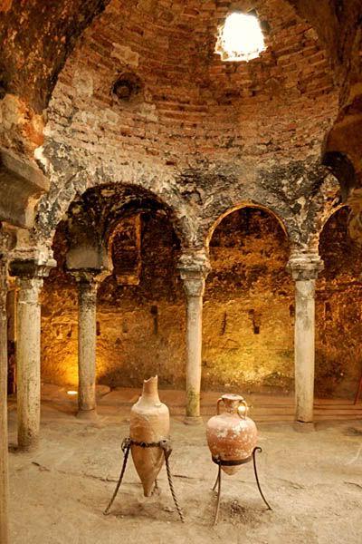 Baños Arabes Mallorca:Arab Baths in Palma, Spain Any chance that these were Roman baths