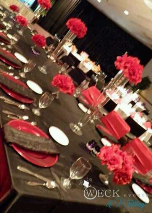 Black and red roses centerpiece hollywood pinterest