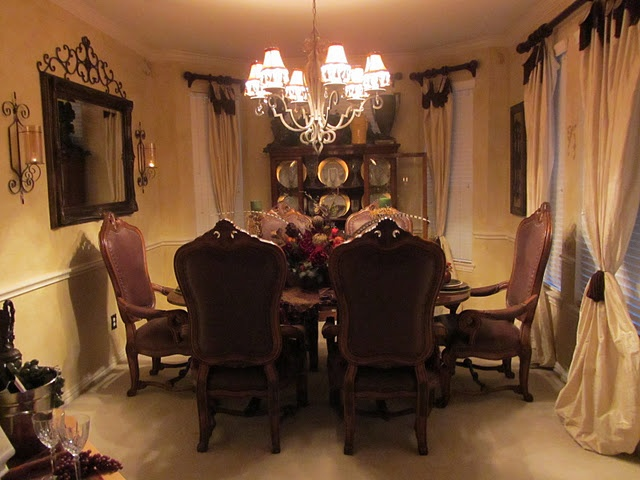 Old world tuscan dining room for the home pinterest for Old world dining room ideas