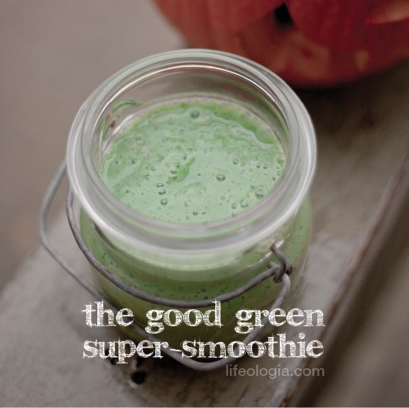 The Good Green Super-Smoothie with Superpowers!
