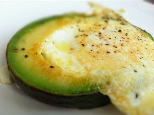 - 1 Hass avocado  - 4 eggs  - Olive oil  - Sea salt and pepper to taste    https://plus.google.com/113274240511284571445/posts/hMruYhd5ppf        - 1 Hass avocado  - 4 eggs  - Olive oil  - Sea salt and pepper to taste    Prep time: 10 minutes  Cooking time: 10 minutes    TIP: Lift up the avocado slice using a spatula while cracking the egg into the center with one hand.    EDIT: Cook the egg for about 3 to 4 minutes total, despite my lack of math skills in the video.