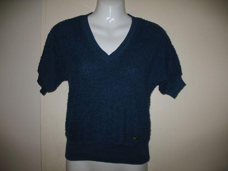 Vintage liz claiborne blue v neck terry cloth t shirt small for Liz claiborne v neck t shirts